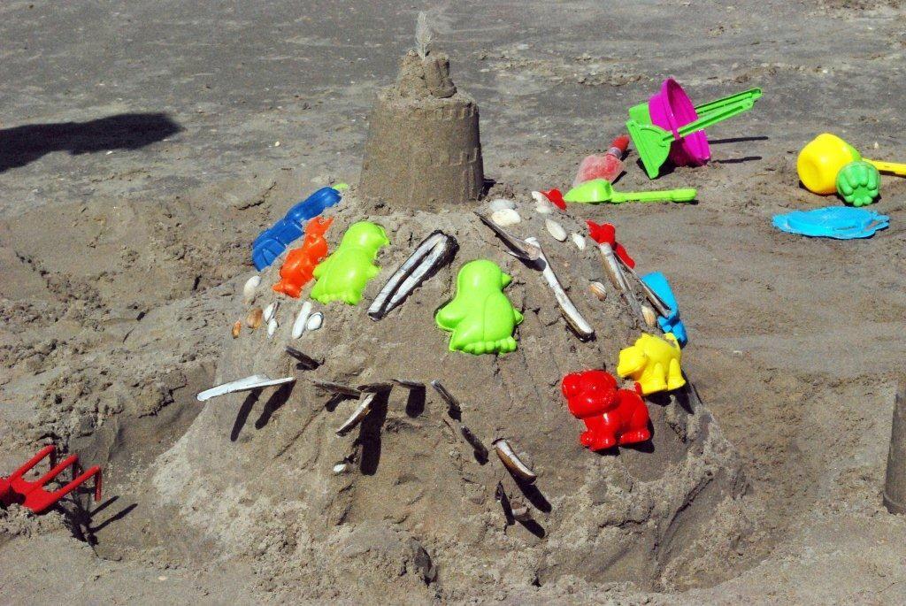Zandkasteelbouwen voor de kleintjes